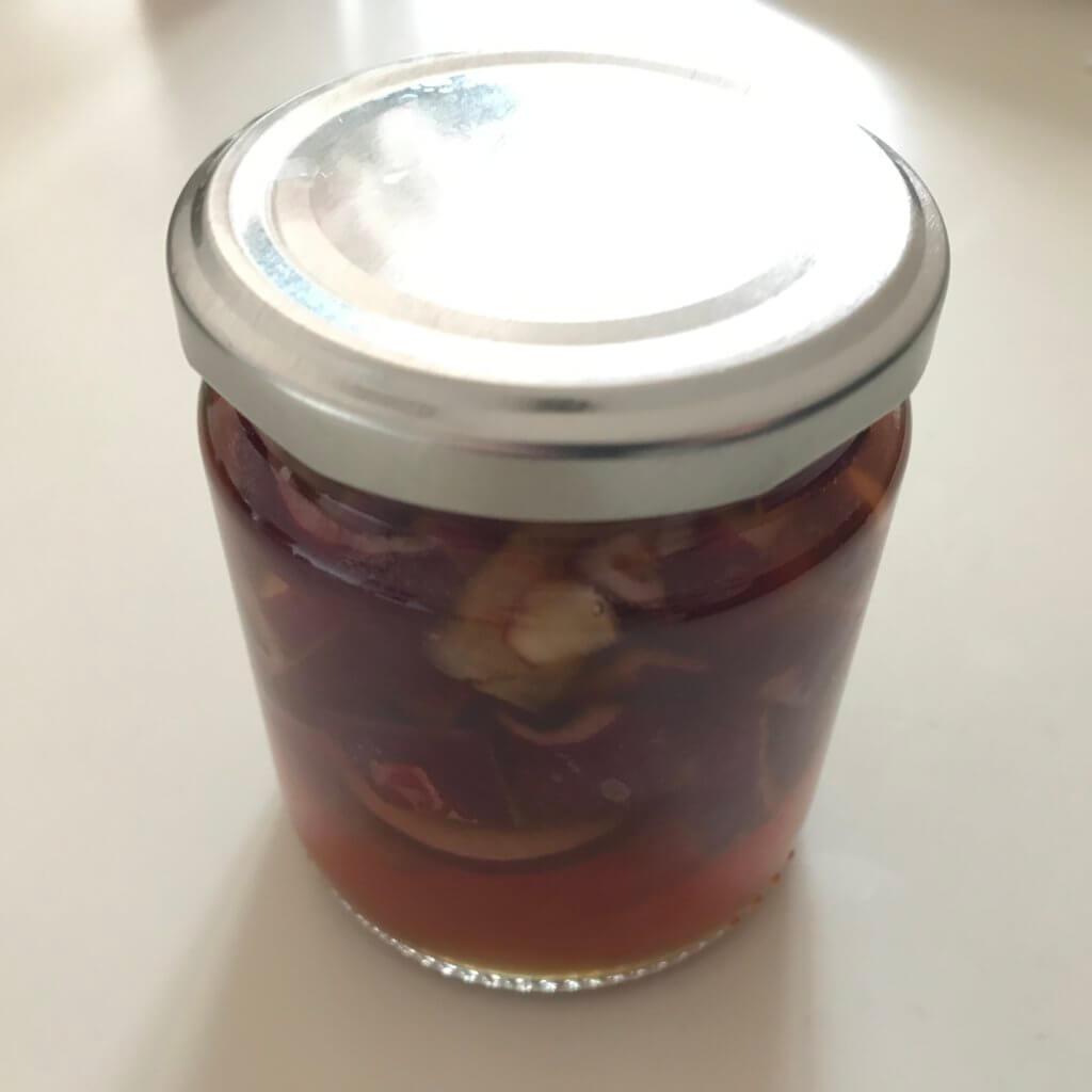 Eingelegte rote Zwiebeln (ohne kochen)