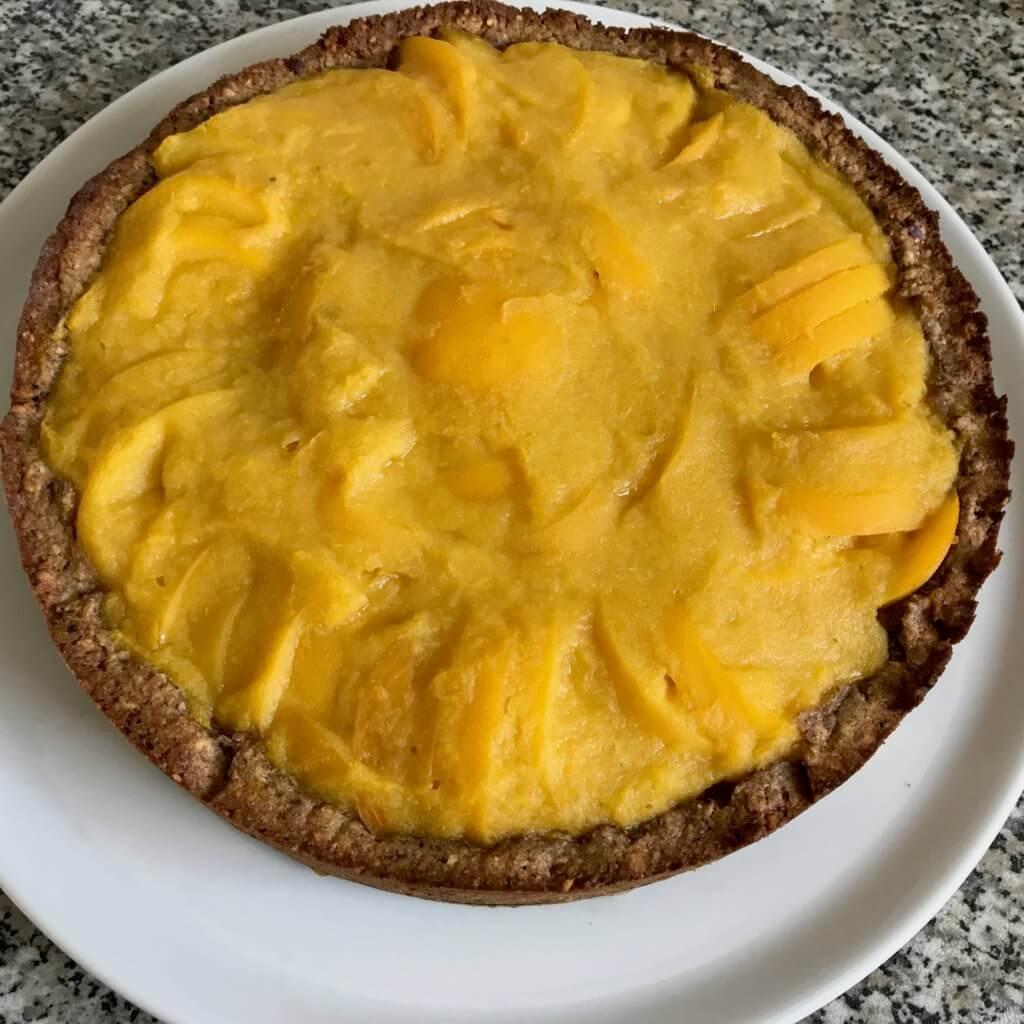 Pfirsich-Nuss-Kuchen, gebacken